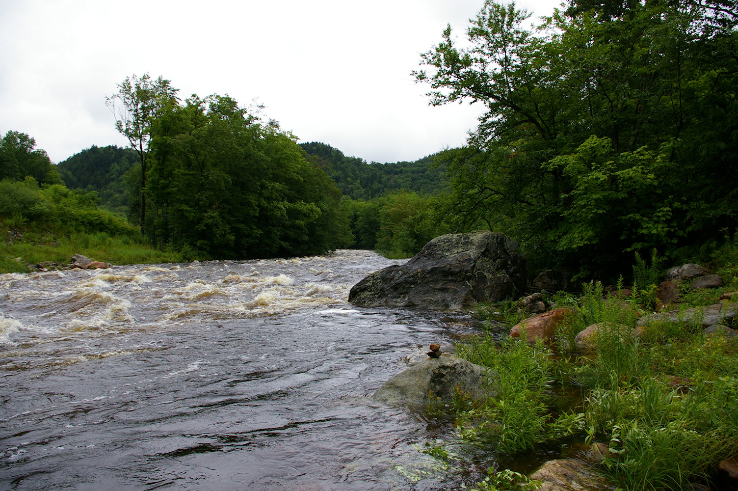 IMGP2630.jpg - Deerfield River